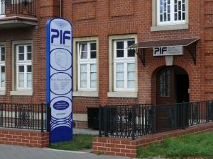 pif-2